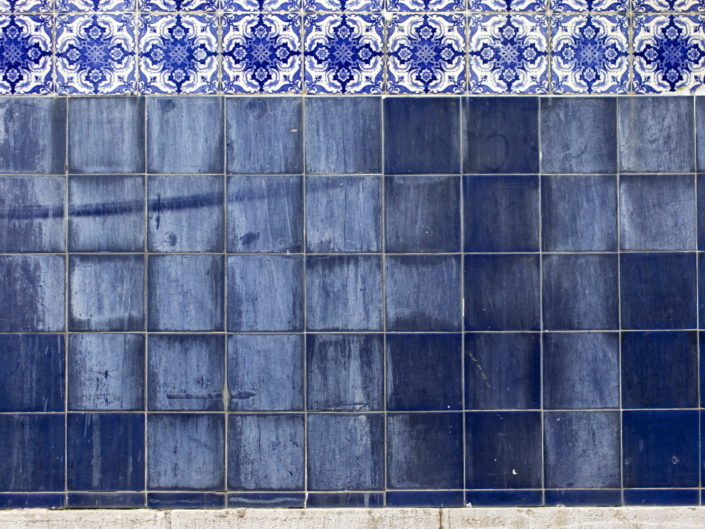Travel: Lisbon Tiles & Walls